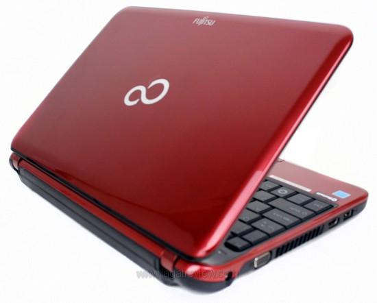 harga laptop Fujitsu Lifebook PH521-E450